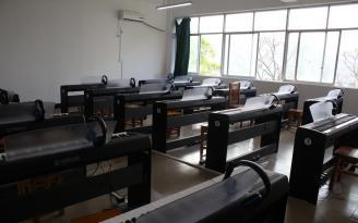 数码钢琴教室